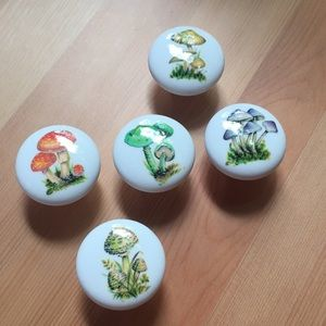Set of 5 vintage style mushroom drawer pulls